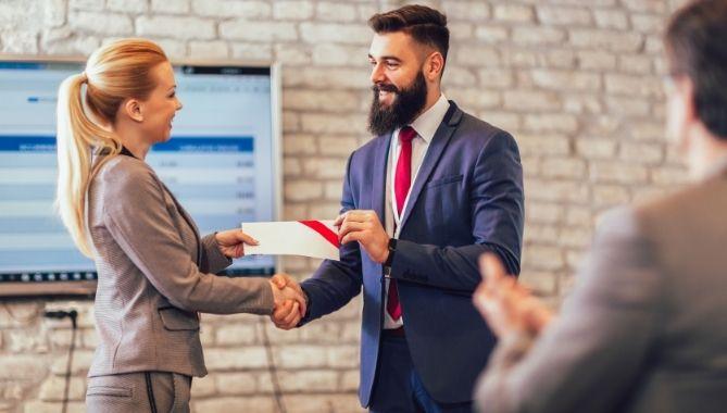 modi per premiare i dipendenti